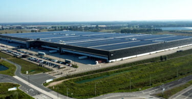 PVH Europe Solar Roof scaled e