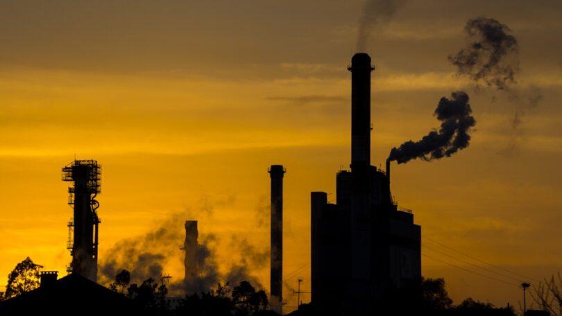 A indústria de uso intensivo de energia na Europa teve lucros especulativos de 50 mil milhões de euros provenientes do mercado do carbono.