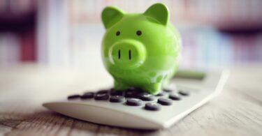 O Comissário Europeu para a Economia, Paolo Gentiloni, anunciou que vai existir uma atualização dos impostos verdes, entre outras medidas.