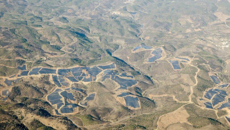 A mega central solar portuguesa Solara4 recebeu a aprovação da Direção Geral de Energia e Geologia, para se ligar à rede elétrica nacional.