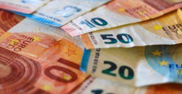 Até setembro, 10,8 mil milhões de euros em receita extra foram arrecadados pelos estados-membros da UE, no âmbito do comércio de emissões.